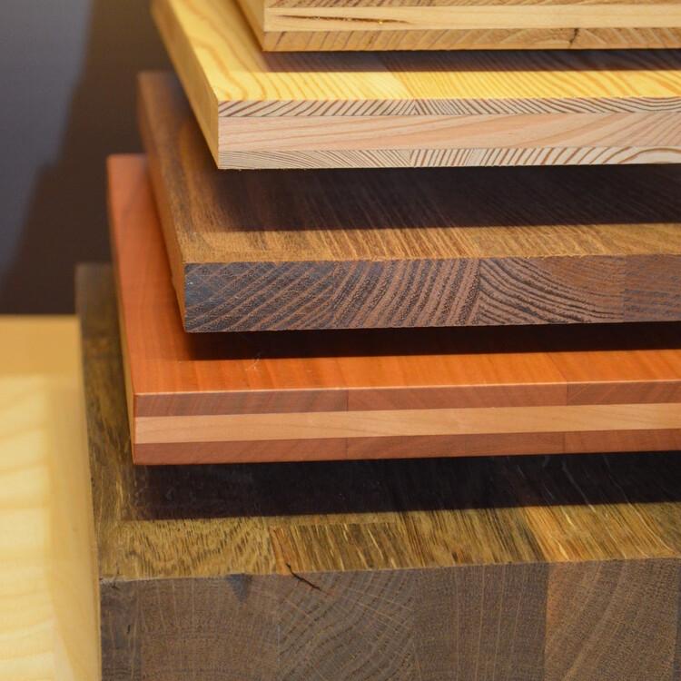 1-slojne in 3-slojne plošče iz masivnega lesa