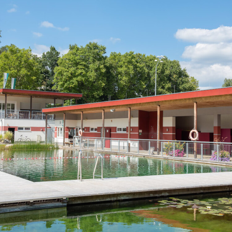 Accoya-Steg-Naturbad