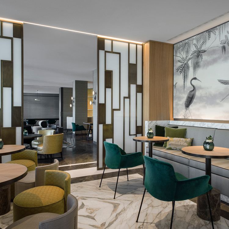 Eichenfurnier Hotel Storchen